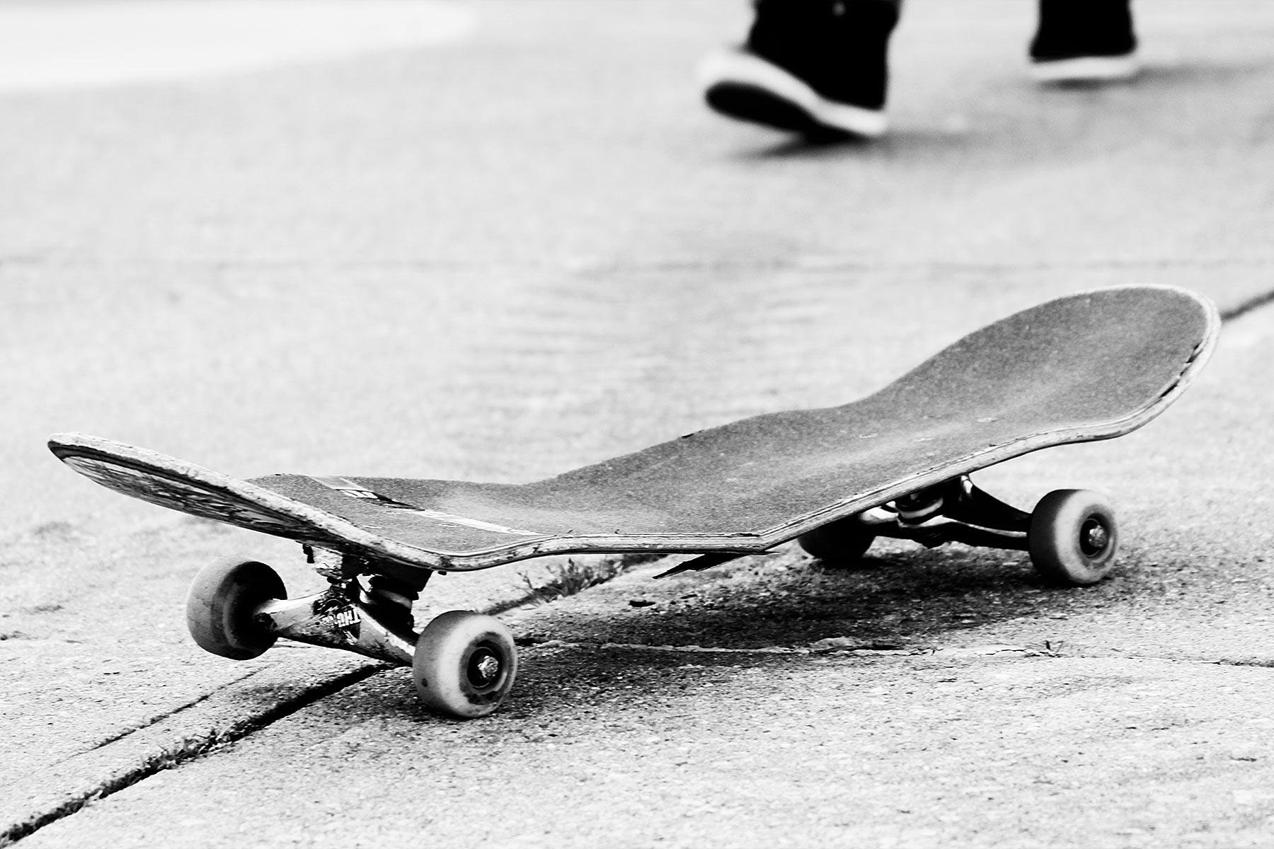 sned's broken skateboard