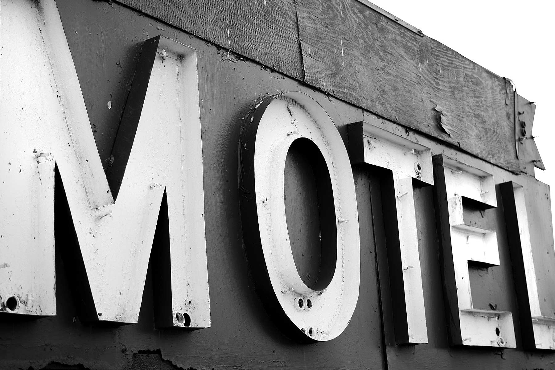 eastern shore motel sign